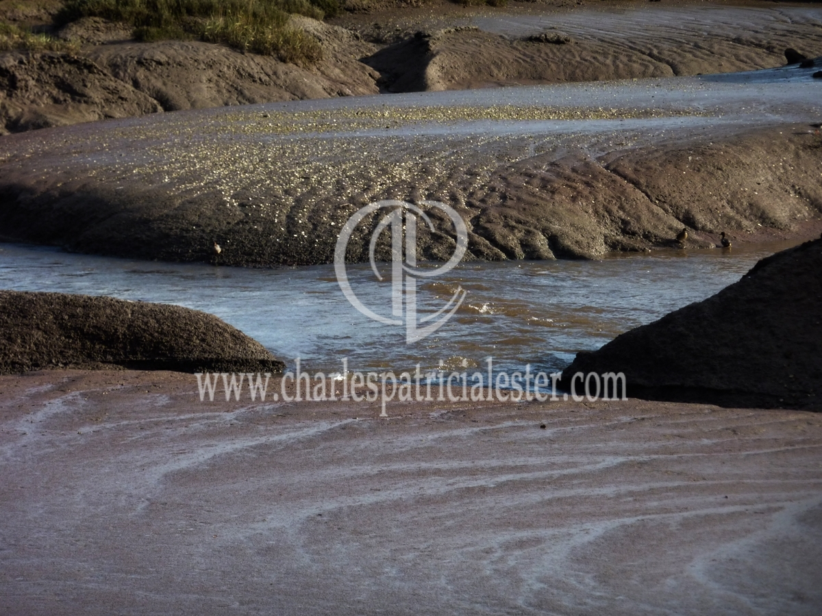 Colour combinations - mud and sky blue water